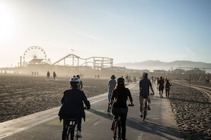 Santa Monica and Venice Beach Bike Adventure