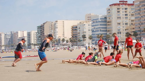 Group on a surfboarding lesson in Cadiz