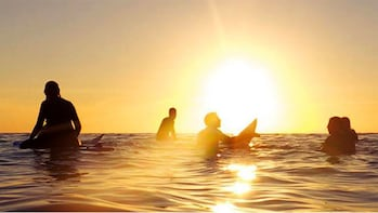 Sunset & Full Moon Surfing Class