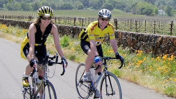 Healdsburg Sip 'n' Cycle Wine Country Bike Tour