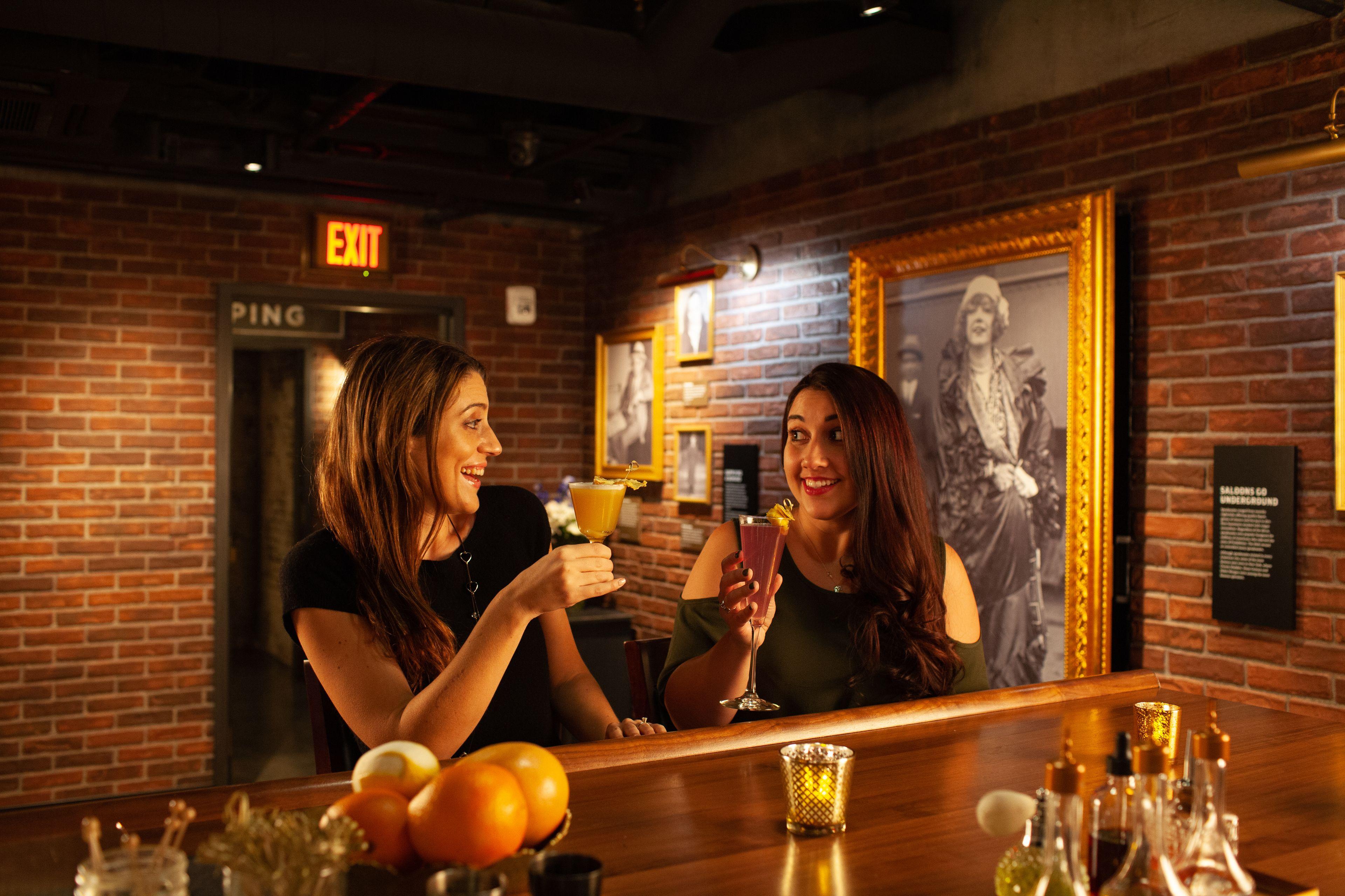 the_underground_drinking_patrons_bar-16.jpg