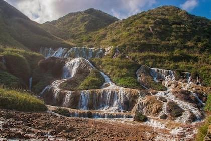 Tour of Historic Jinguashi, Jiufen and Pingxi Towns