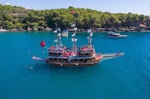 Dolphin Island Boat Trip
