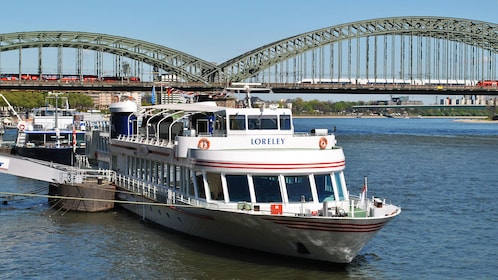Rhine Panorma Cruise in Cologne