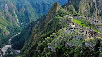 Viaje guiado por tren de día a Machu Picchu con comida