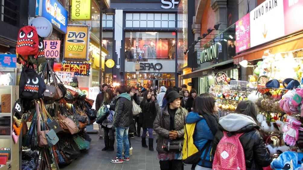Foto 5 von 5 laden Night market in Seoul