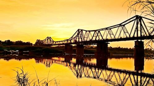 Long Biên Bridge at sunset in Hanoi