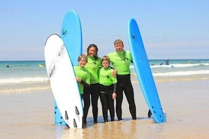 Private Family Surf Lesson in Newquay (for 2 adults and 2 children 8-18 yea...