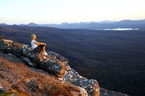 Small Group Grampians National Park & Kangaroo Trek