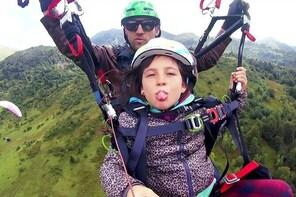 "Paragliding baptism ""Bambino"" in Ariège - Pyrenees"