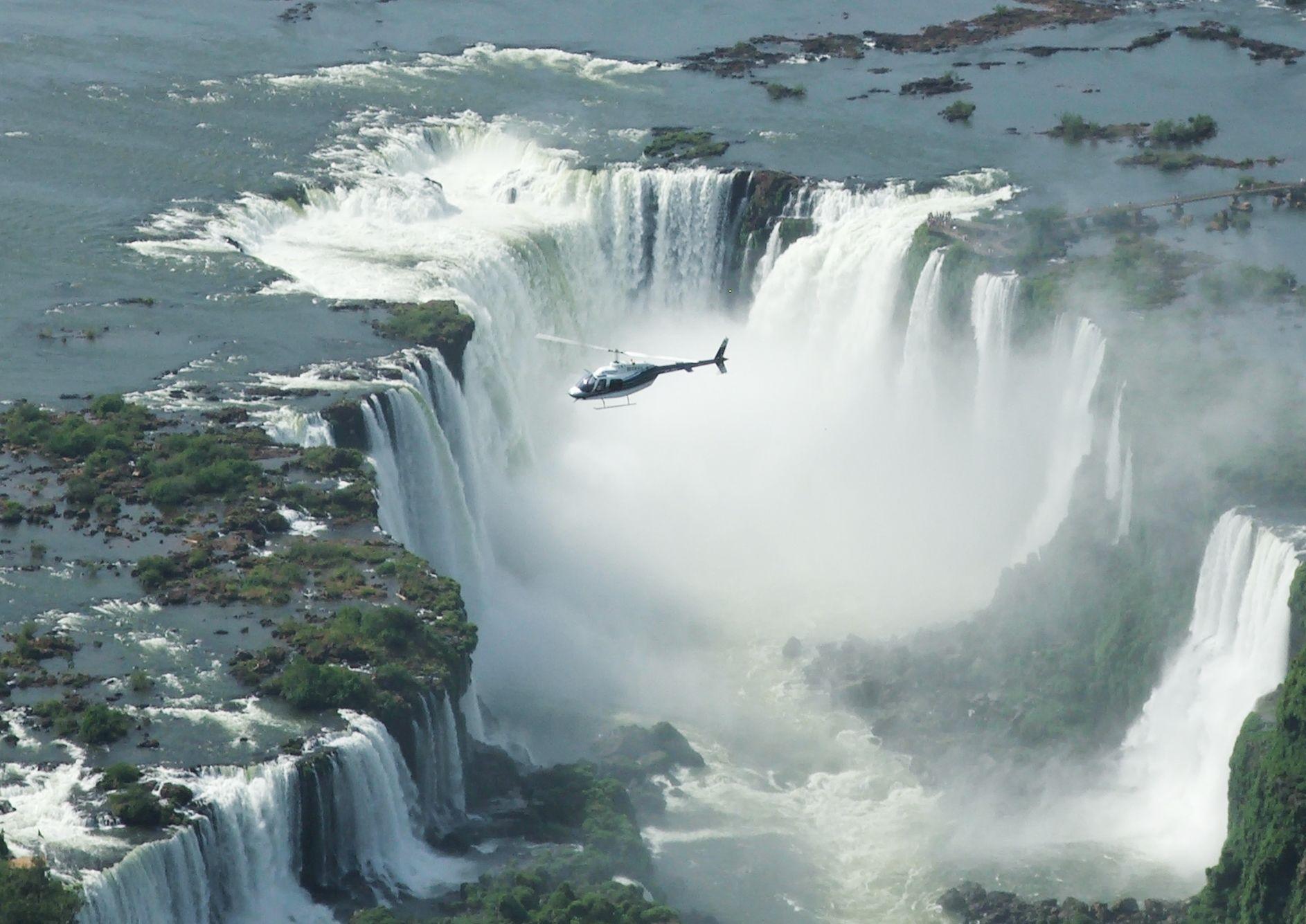 Cataratas do Iguaçu com voo de helicóptero
