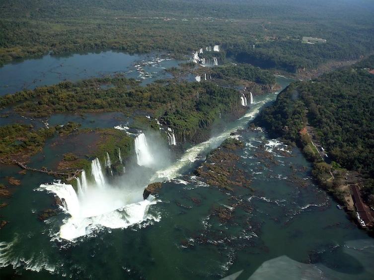 Cargar ítem 4 de 10. Iguazu Falls with Helicopter Flight