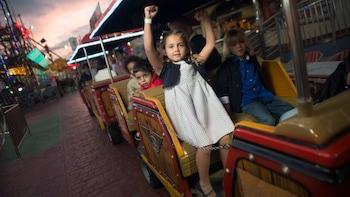 Holiday World Amusement Center