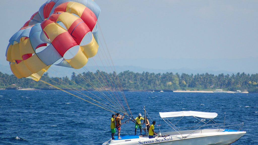 People getting ready to parasail in Gran Canaria
