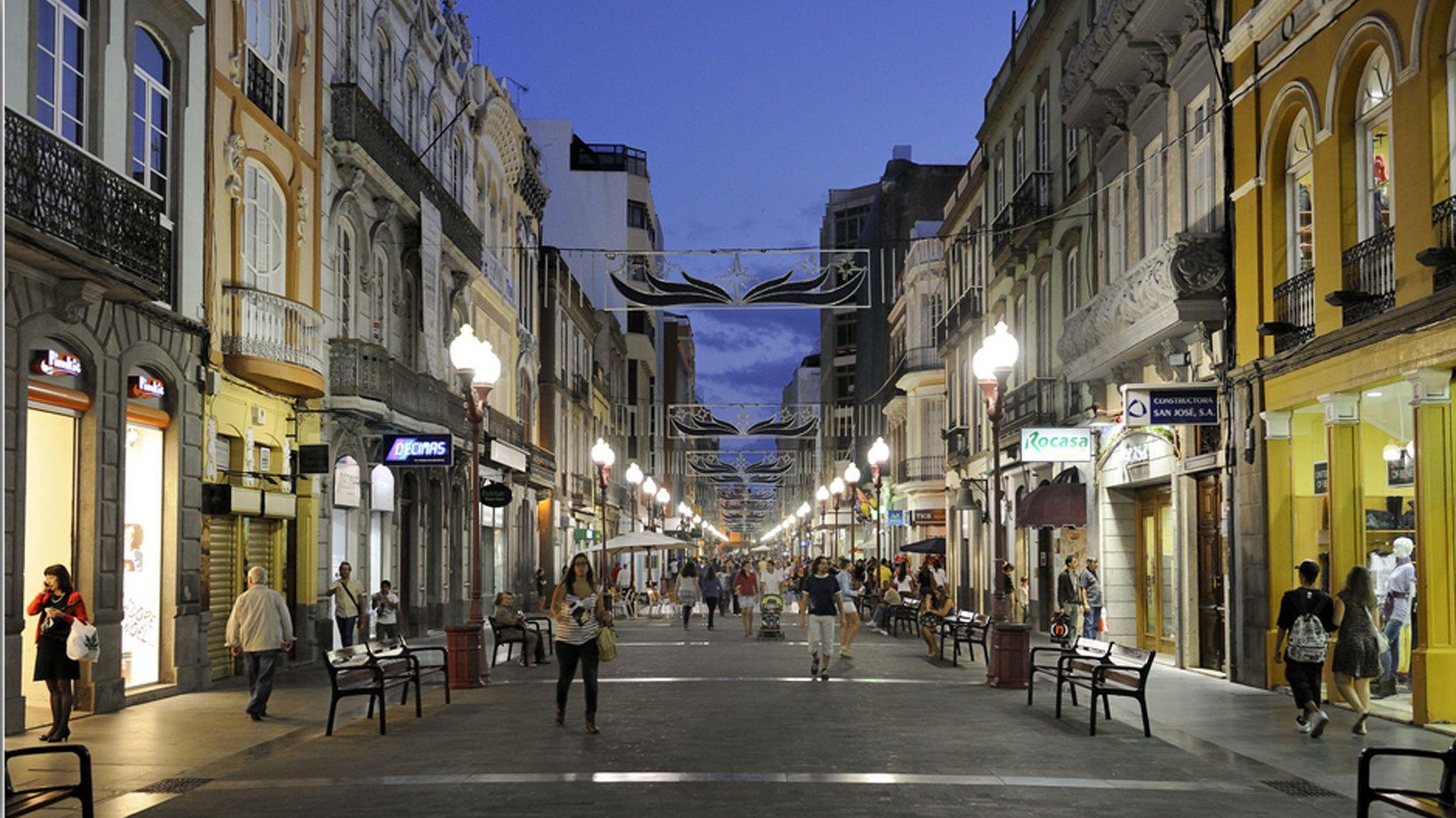 Pedestrian street and shops at night in Las Palmas de Gran Canaria