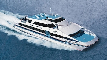 Shared Shuttle & Ferry: Los Angeles to Catalina Island