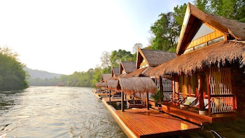 2-Day Adventure with River Kwai Floathouse Delight