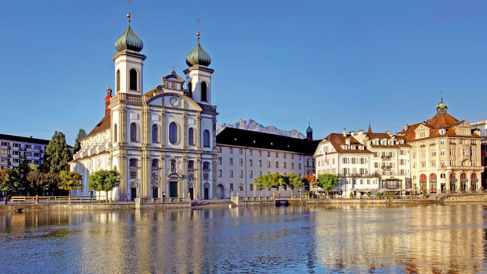 Historic buildings and lake in Engelberg