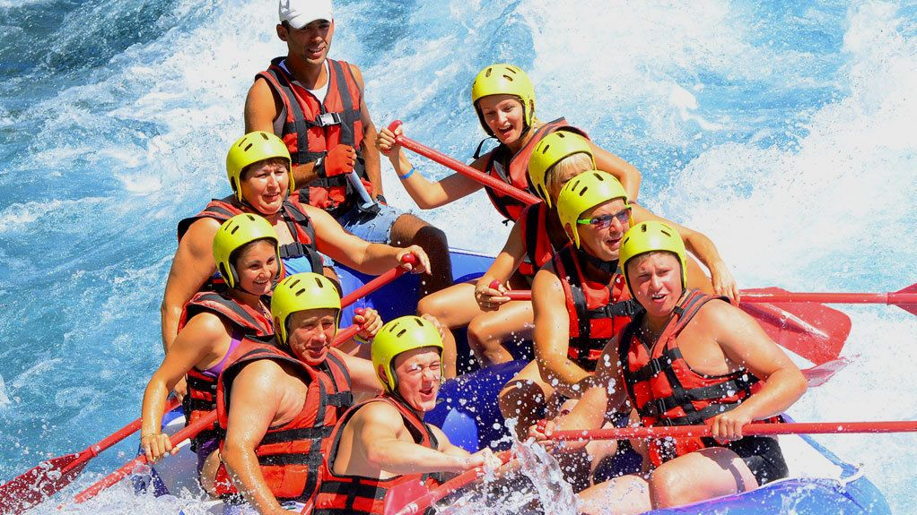 A group of people rafting in Antalya
