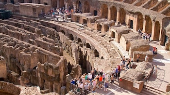 Skip-the-Line: Small-Group Colosseum, Forum & Palatine Hill