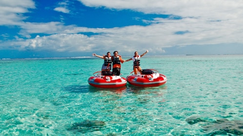 Friends exploring the crystal clear waters of the Mauritius lagoons