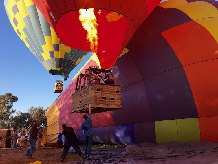 Carregar foto 4 de 10. Sunset Hot Air Balloon Ride in Del Mar San Diego