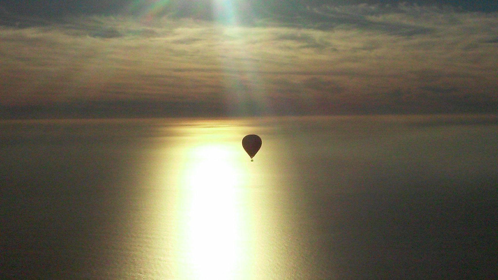 Sunset Hot Air Balloon Ride in Del Mar San Diego