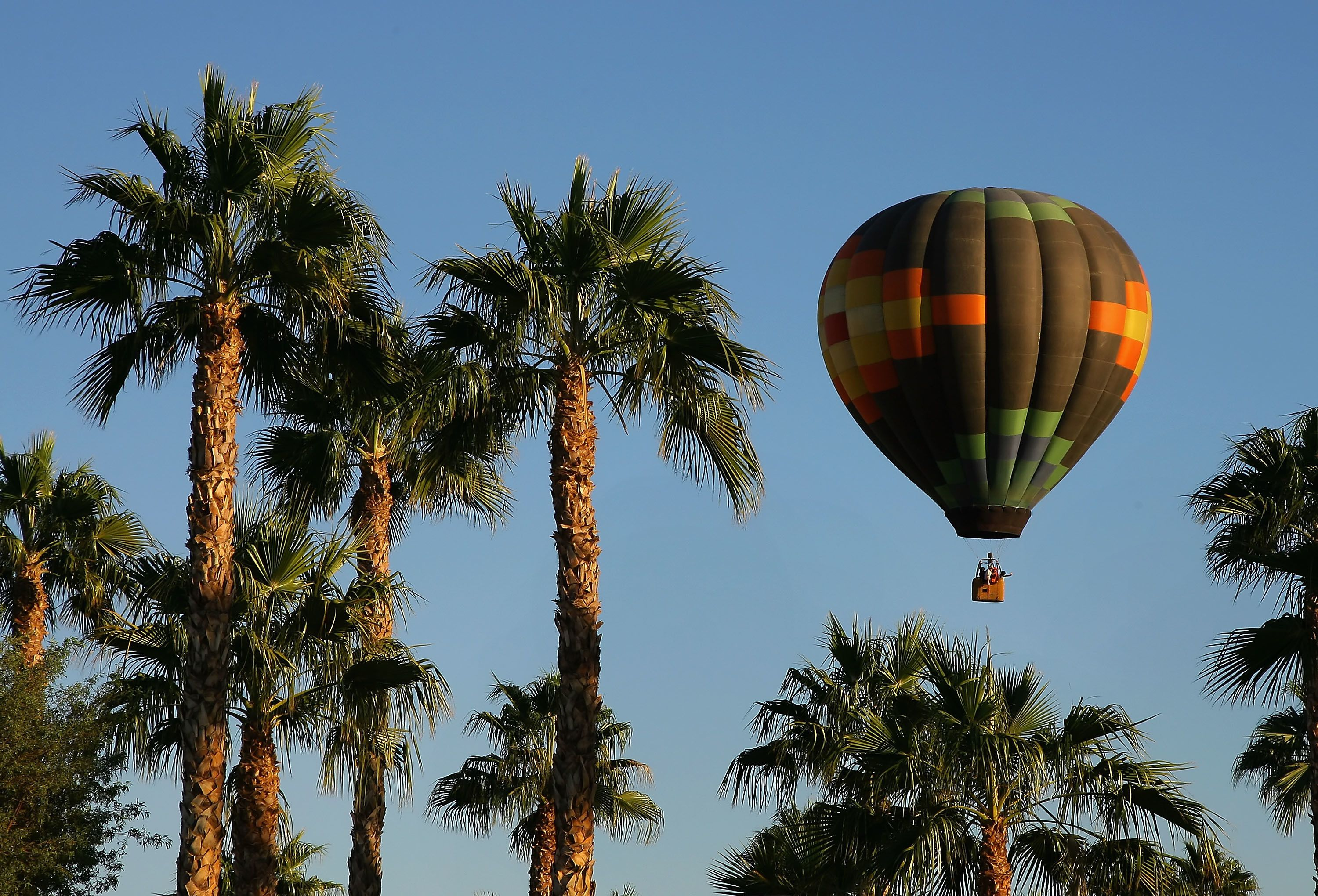 Sunrise Hot Air Balloon Ride in Palm Desert by Palm Springs
