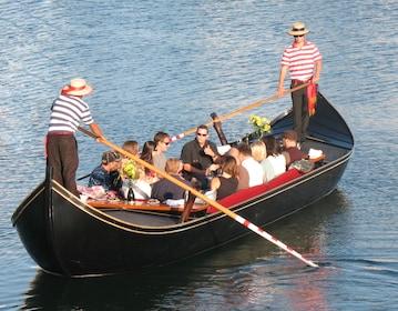 Gondola Cruise on Coronado Cays Waterways - Pasaporto Cruise