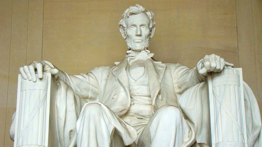 Show item 2 of 5. Statue of Abraham Lincoln