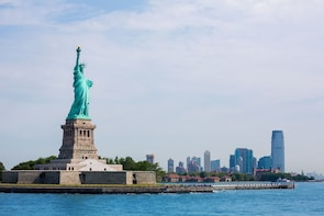 Statue of Liberty & Ellis Island Tour with Reserve Access