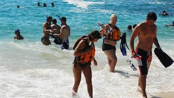Santa Maria & Chileno Bay Snorkeling Tour