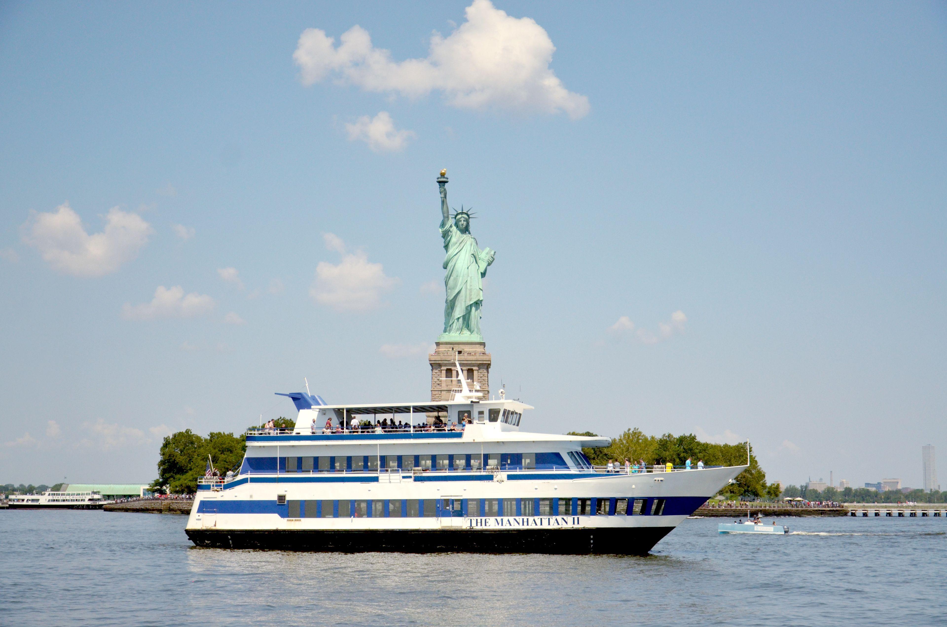 Visitas acuáticas y cruceros