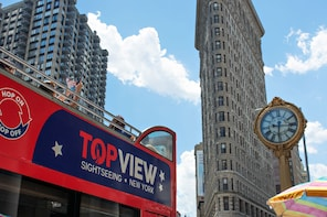 Downtown Super Tour with Hop-On Hop-Off Bus with Harbor Cruise