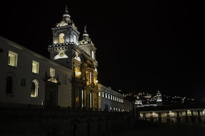 "Quito at Night & Urban Legends Tour - ""Small Group"""