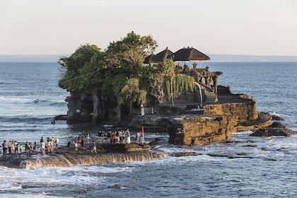 Pura Taman Ayun Temple, Monkey Forest & Tanah Lot Excursion