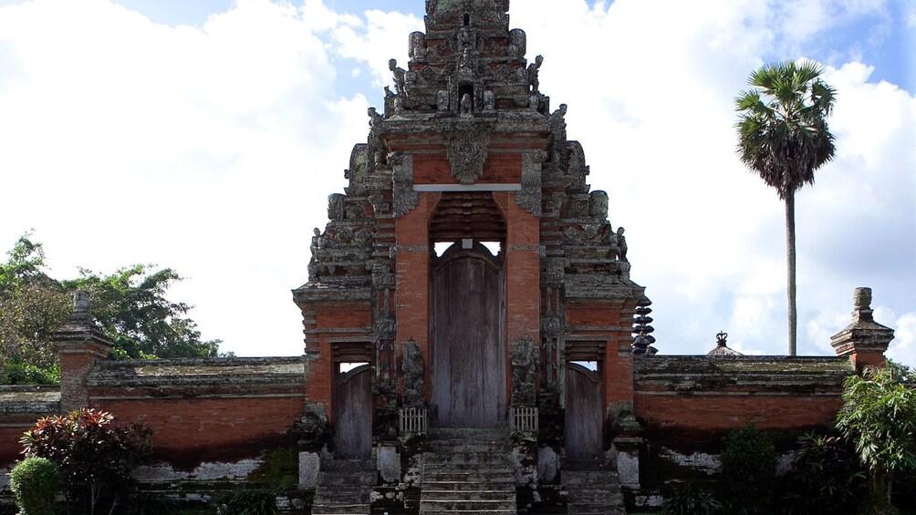 Tampilkan item 2 dari 11. Taman Ayun Temple in Mengwi in Bali