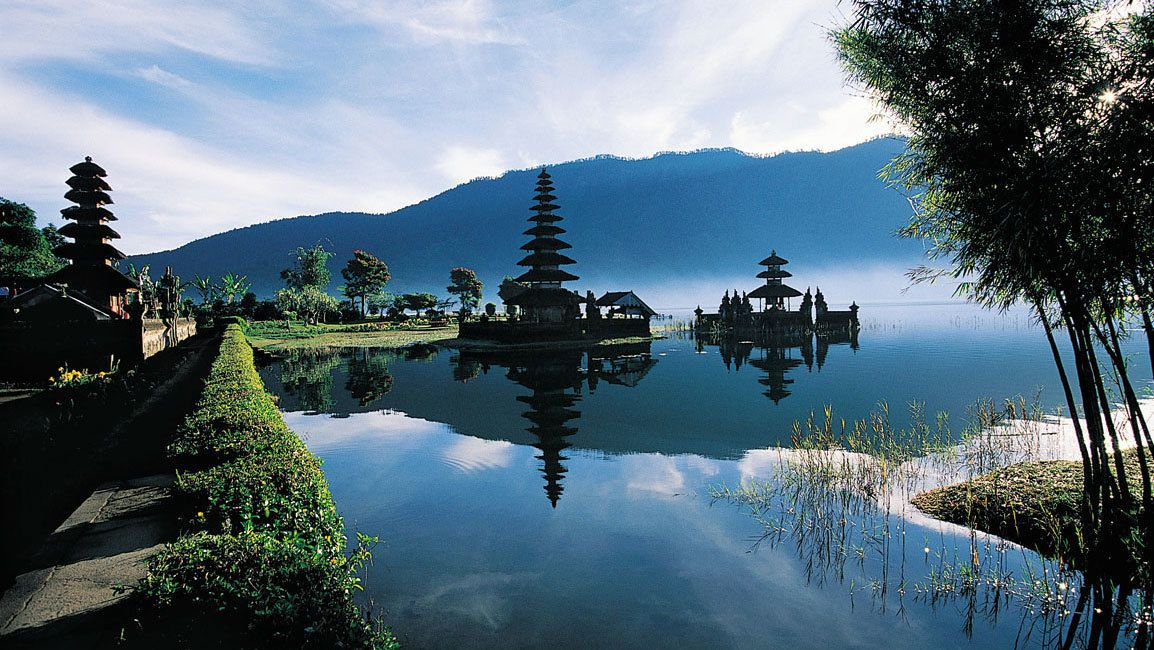 Bedugul & Singaraja Full-Day Tour