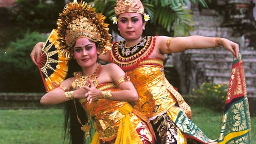 Women in traditional performance costume in Bali