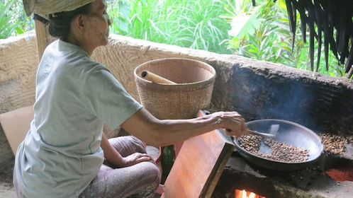 Sharing local culinary flavors in Bali