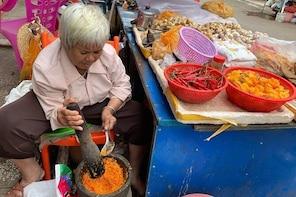 Sanya Shore Excursion: Sanya Luhuitou Park & Local Grocery Market visit