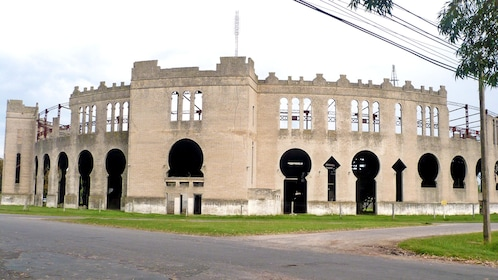 the outer walls of the Plaza de toros Real de San Carlos in Argentina