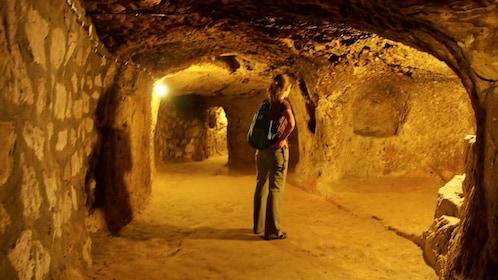 Tourist on the Derinkuyu Underground City Tour in Cappadocia