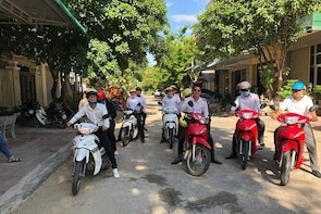 Rental and tours with motorcycle