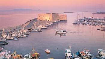 Privater Landgang: Tour durch Kreta, Weinkellerei und Archanes