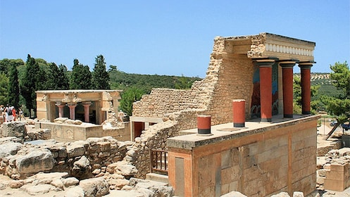 Ruins of a portico in Knossos