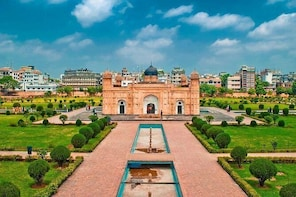 Experience BEST Old-Dhaka Day Tour!