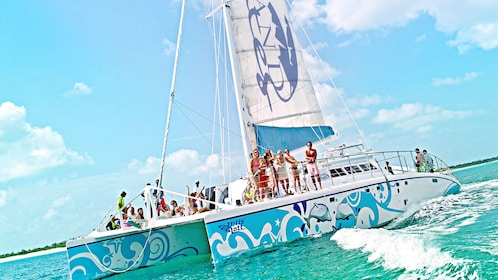 Sesame Sail Away Catamaran Cruise in the Turks and Caicos Islands