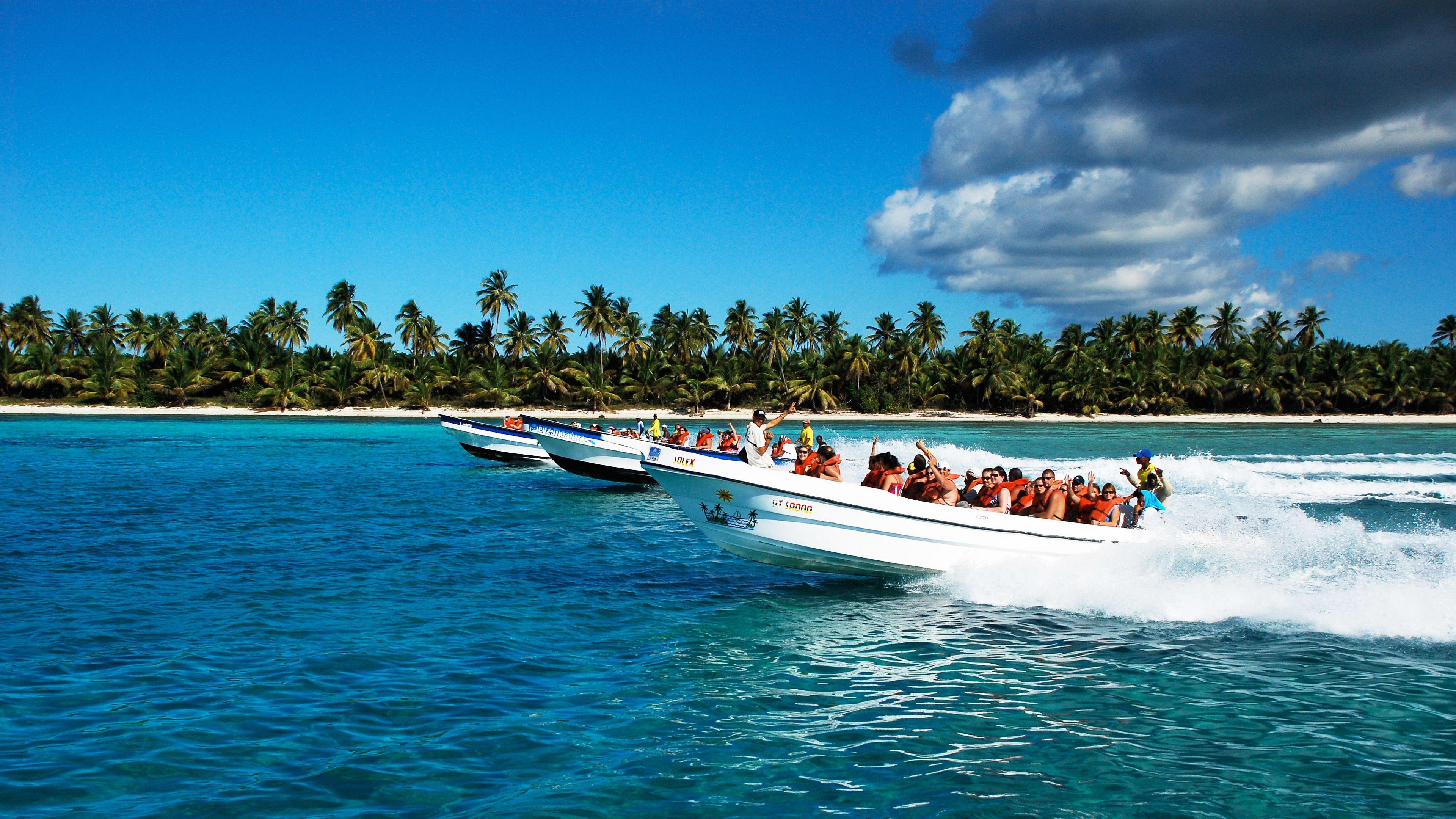 Boat tour on Saona Island