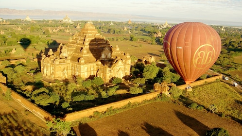 Hot Air Balloon over Bagan